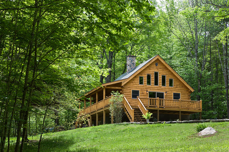 Coventry log homes inc for Pictures of small hunting cabins