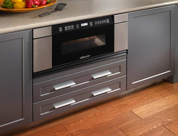 Pullout bottom freezer drawers allow greater accessibility than top freezers and require less bending over to grab items. Full-length handles make opening and closing doors a cinch. Photo: GE
