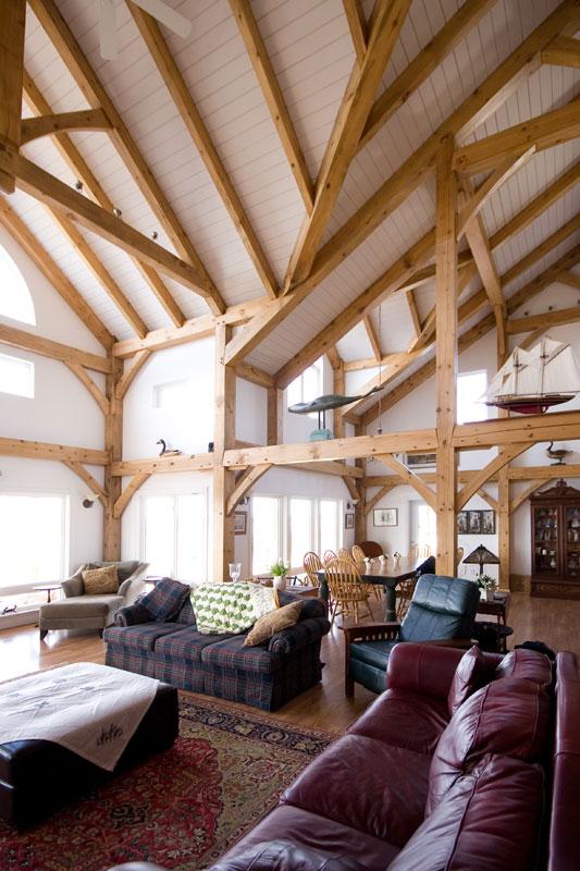 gillis_living room