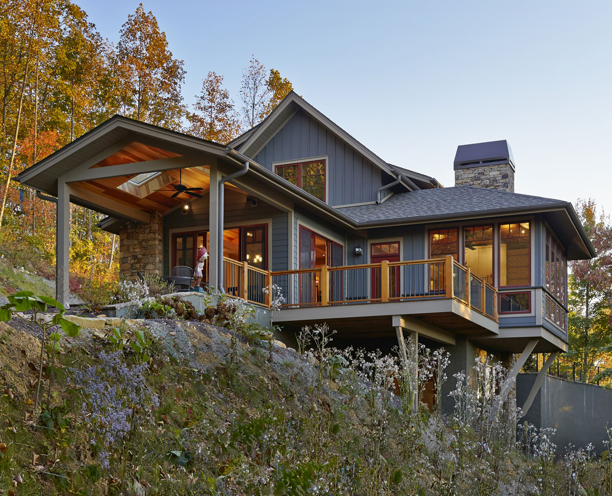 how to build a home on a hillside