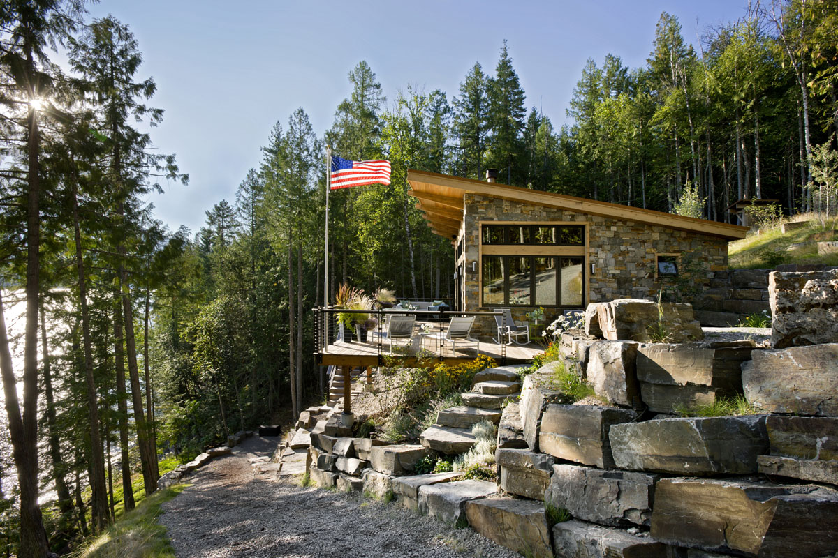 A little cabin soars with incredible views for Modern house design on hillside