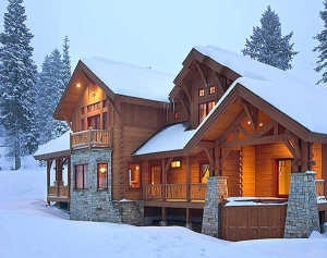 2-winter-log-home-exterior