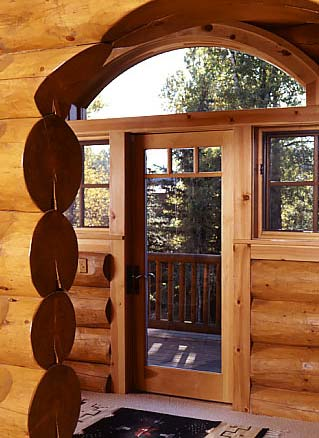 Budget-Cutting Tips for Staining Log Homes
