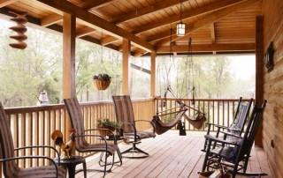cioffi_log_home_porch-600x612