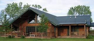 creekside-small-log-home-1