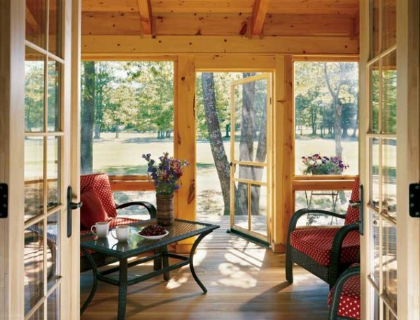 Seiler_log_home_porch-600x458