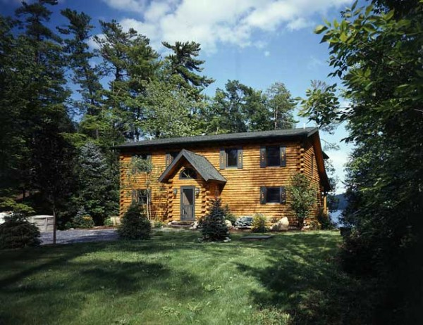 Lipori_home_tour_exterior-600x462