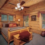 north_carolina_bedroom-600x464