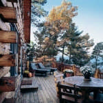 adirondack-lakeside-log-home-deck-600x468