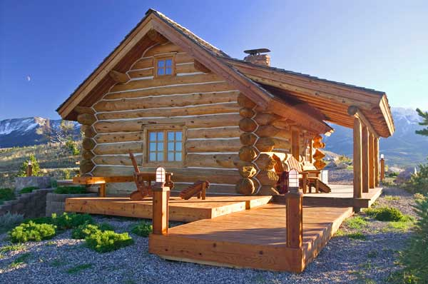 Log home living 39 s 10 favorite small log cabins for Montana home builders
