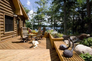wisconsin-log-home-deck
