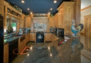 custom-crafted-lakefront-cabin-kitchen