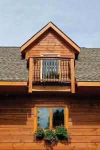 lakeside-log-cabin-window