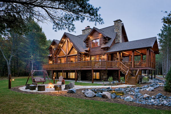 Logs make the difference a waterfront retreat in wisconsin for Great american homes
