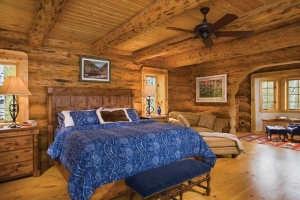 Hudson-bedroom