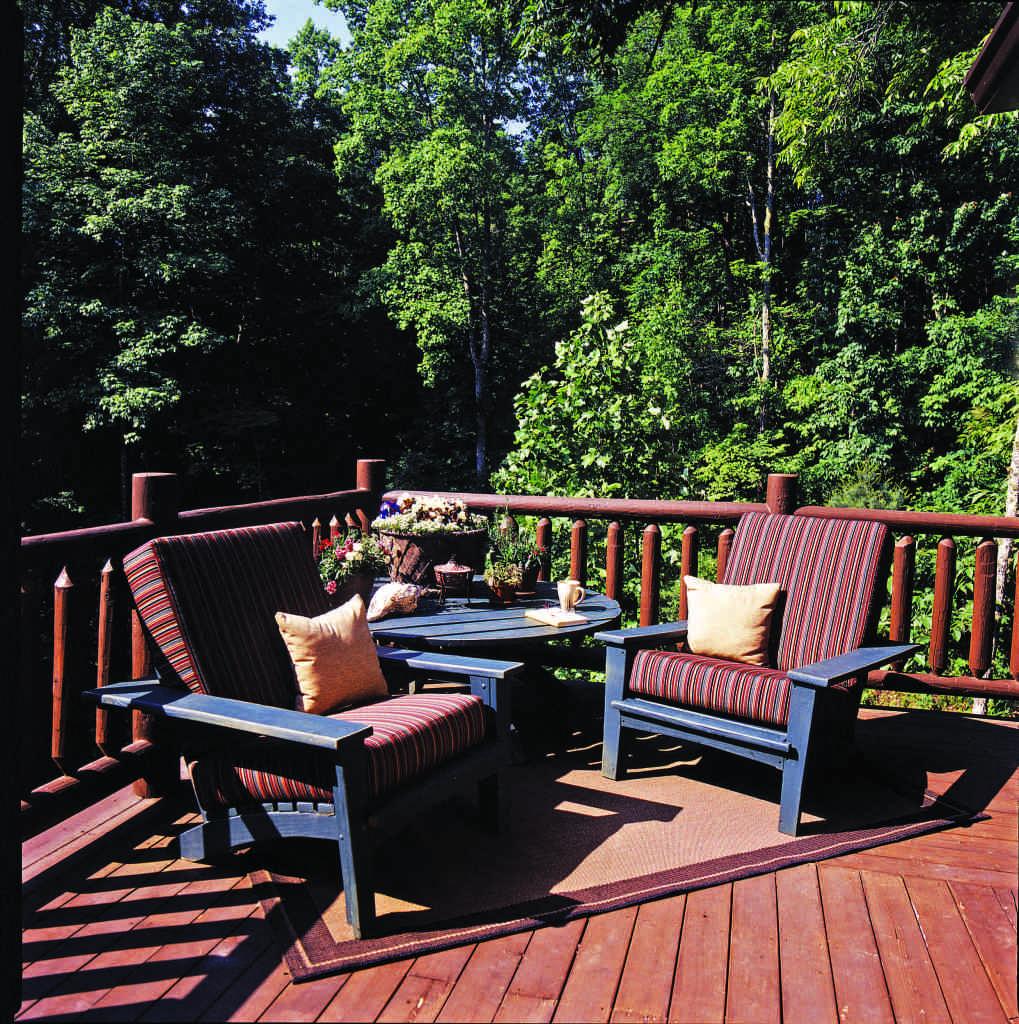 Sitting pretty log home decks and porches for Log home decks