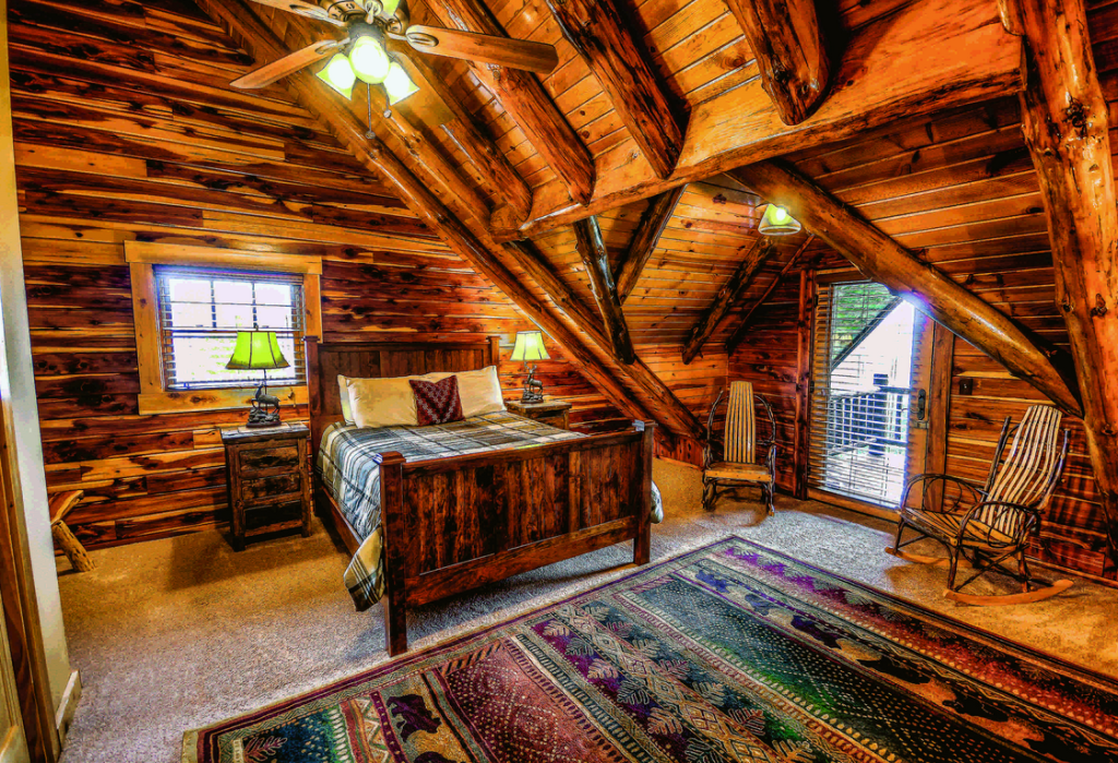 7 log home bedrooms of your dreams for 4 bedroom log cabin homes