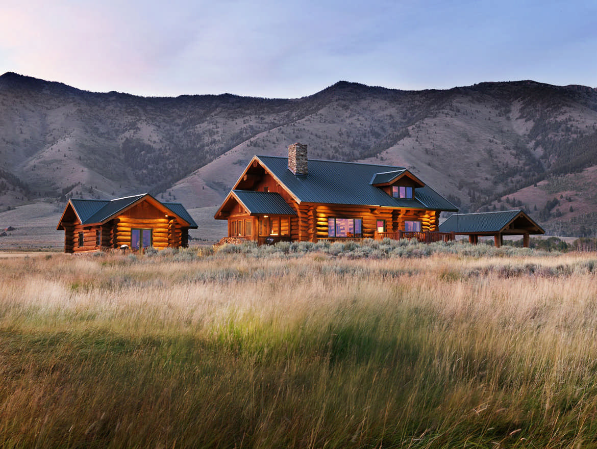 The Essentials For a Romantic Log Cabin Retreat