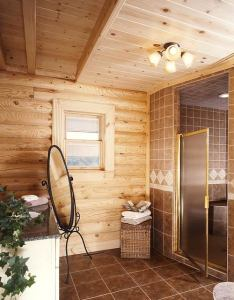9-master-bathroom-68