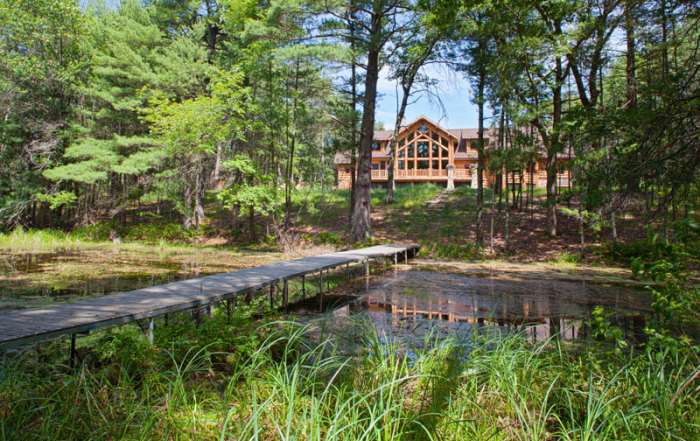 back-water---Wisconsin-Log-Homes-&-KCJ-Studios