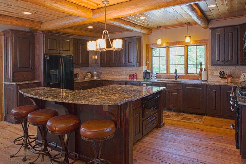 A Waterside Hybrid Log Home In Wisconsin