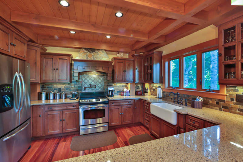 OkanoganWenatchee-National-print-016-16-Kitchen-4200x2800-300dpi1