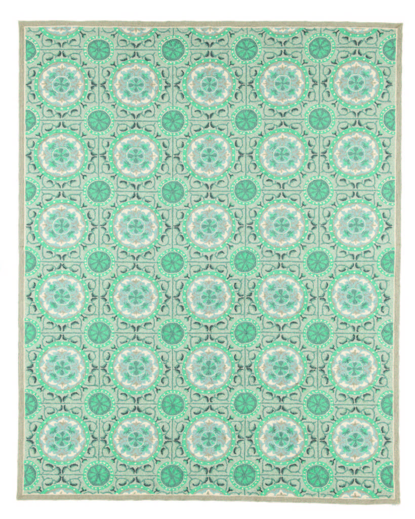 5 Must Have Rugs for Your Porch