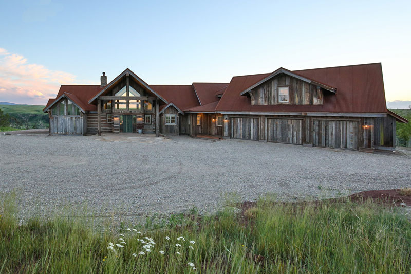 A Ranch Style Timber Home Is A Big Sky Beauty