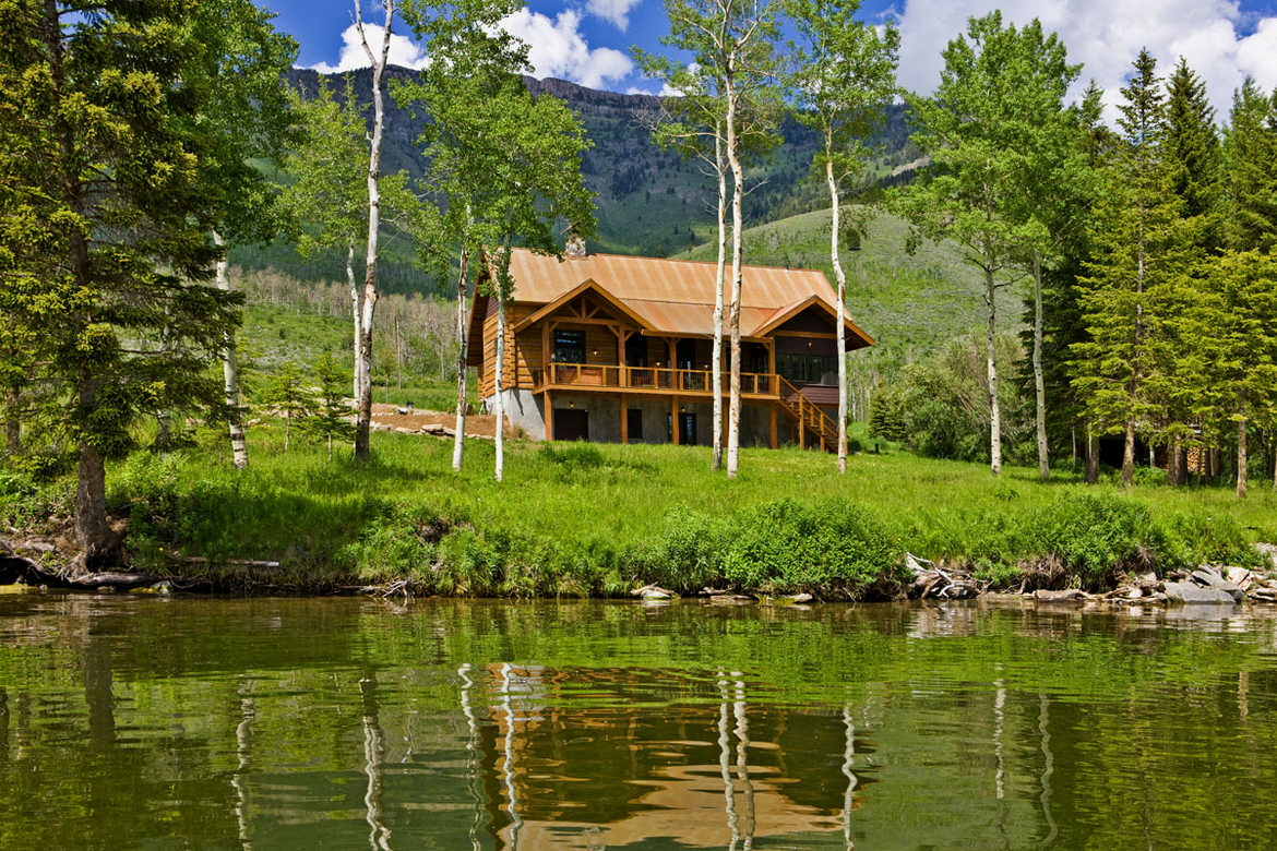 Marvelous photograph of Stunning & Sturdy Mountain Cabin Cabin Living with #624B1B color and 1170x780 pixels