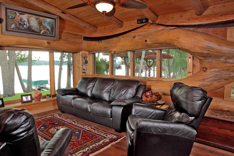 A small cabin built with unique logs cabin life for Unique small cabins