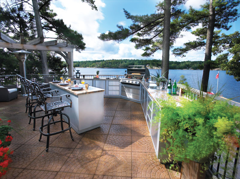 5 Paths to an Affordable Outdoor Kitchen