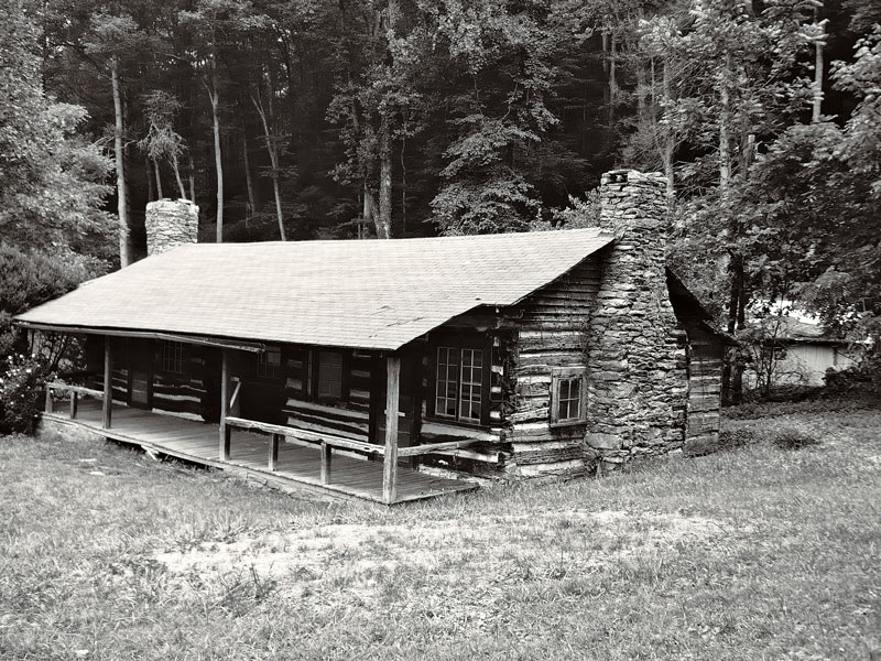 Preserving old cabins for Log cabin restoration