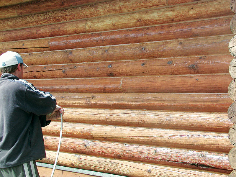 Maintaining your cabin exterior for How to stain log cabin