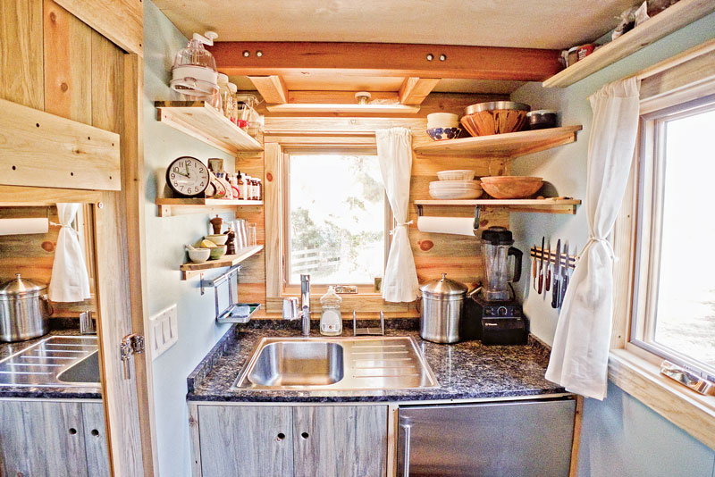 Small cabin kitchens for Small cabin kitchen designs