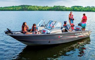 _2016_TRACKER_102016_Deep-V-Boats_132016_Targa-V-20-WT-w-Sport-Package_3908_Product-Beauty_1326546_TTARGV20WTS_WB013_16-2