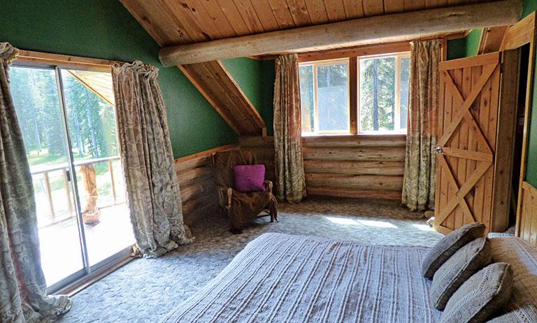Kootenai National Forest Off-Grid Cabin