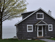 Why You Should Build a Cabin in Clear Lake, Iowa